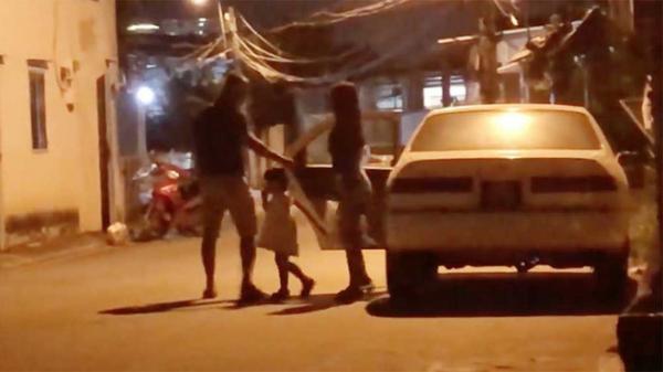 Danh tính người cầm lái xe biển xanh giả, bật còi ưu tiên gây náo loạn đường phố Sài Gòn