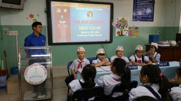 TP.HCM: Cô giáo gây b.ức xúc khi bắt học sinh tự tát 32 cái khi nói chuyện riêng