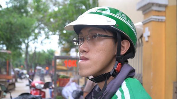 Bức tâm thư đẫm nước mắt và điều kỳ diệu cho 'thạc sĩ xe ôm' ở Sài Gòn