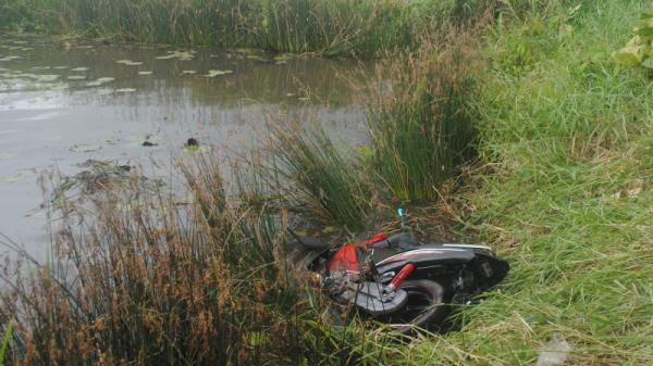 Phát hiện t-hi t-hể thanh niên Cà Mau cách hiện trường xe máy bị ngã 500m