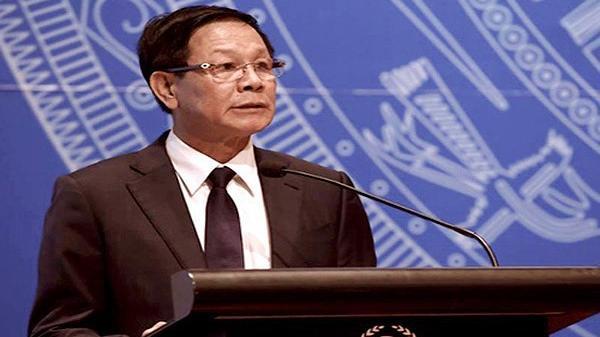 Phú Thọ: Cựu tướng Phan Văn Vĩnh bất ngờ ngất và ngã xuống sàn phòng bệnh