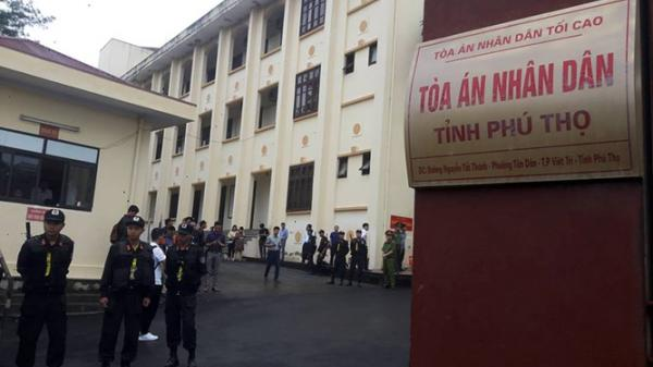 Phú Thọ: Số lượng cảnh sát đông kỷ lục tại vụ xét xử Phan Văn Vĩnh và đồng phạm