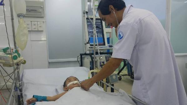 Chẩn đoán từ xa của bác sĩ Sài Gòn kịp cứu em bé Cà Mau
