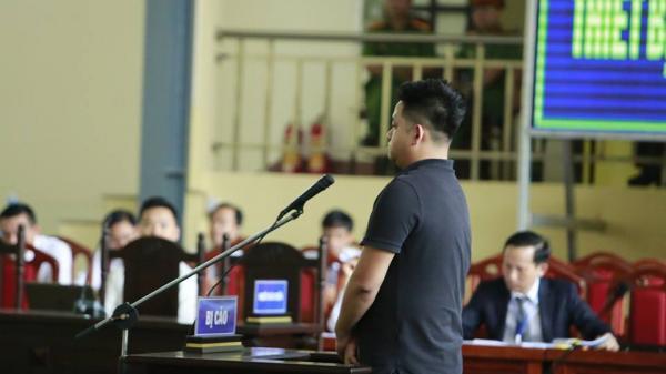 Đánh b.ạc kiểu Phan Sào Nam, tay cò ô tô khen ông trùm uy tín trước tòa