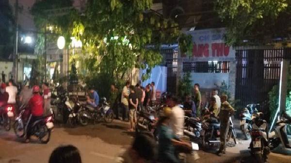 4 thanh niên nghi cầm s.úng xông vào khách sạn ở Sài Gòn c.ướp tài sản