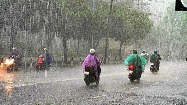 Nam Bộ mưa dông, Sài Gòn mưa rào về chiều tối