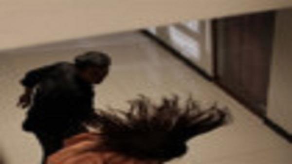 Người phụ nữ ở Sài Gòn bị chồng cũ treo ngược lên xà nhà