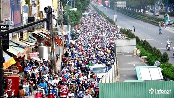 TP. HCM: Ngưng đào đường dịp 30/4, 1/5 để người dân đi nghỉ lễ
