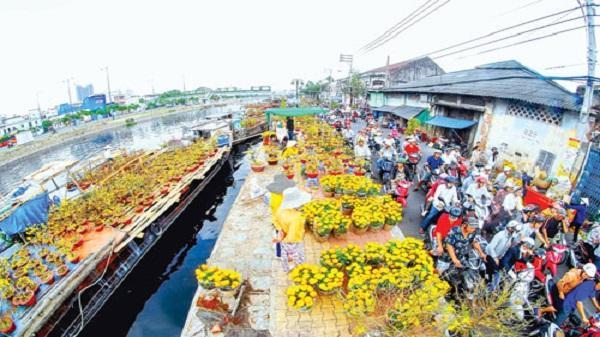 Chợ nổi miền Tây giữa Sài Gòn