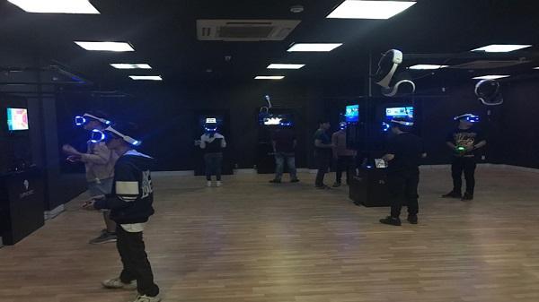 Lần đầu tiên xuất hiện phòng game thực tế ảo tại TP. HCM