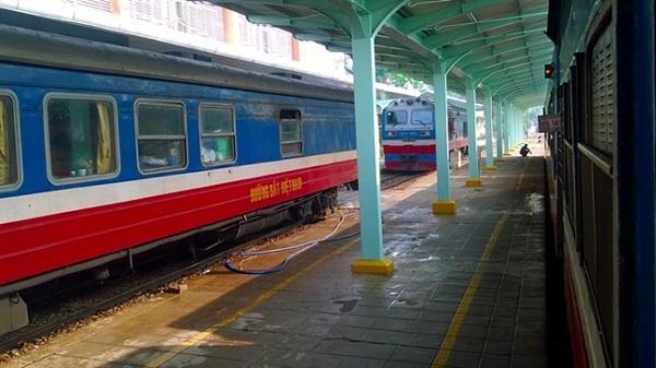 Dịp lễ 30/4-1/5: Tăng nhiều đoàn tàu hỏa phục vụ khách