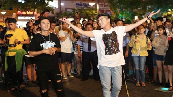 Noo Phước Thịnh cùng rapper Hàn Quốc gây náo loạn phố đi bộ Nguyễn Huệ