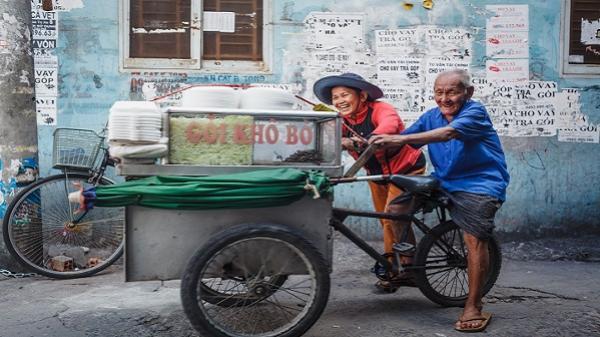 Tình yêu cổ tích giữa Sài Gòn
