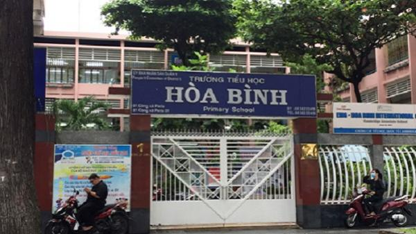 Người cha ở Sài Gòn kiến nghị giải tán hội phụ huynh