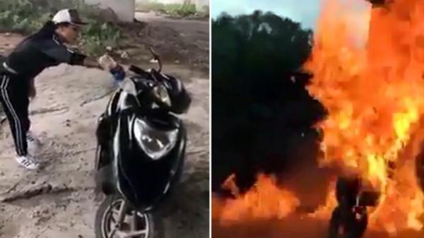 Khoe nhà có 'điều kiện', cô gái đổ xăng đốt xe dưới gầm cầu gây phẫn nộ