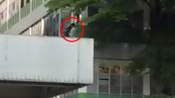 TP. HCM: Nam công nhân nghi nhảy từ tầng 3 xuống đất tự tử sau khi cãi nhau với 1 phụ nữ