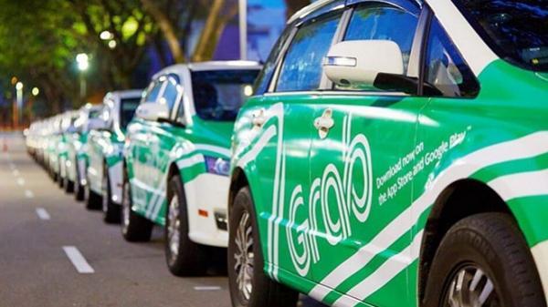 Hà Nội, Sài Gòn cùng kiến nghị dừng Uber, Grab
