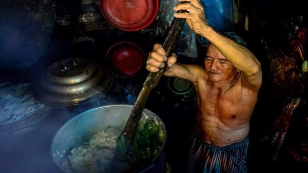 Gánh xôi nửa thế kỷ ở Sài Gòn