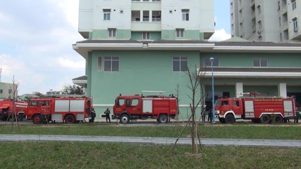 Cháy lớn ở chung cư 12 tầng, nhiều người sống trong căn hộ tháo chạy tán loạn