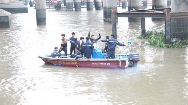 Tắm dưới sông Sài Gòn, người đàn ông nhặt ve chai mất tích