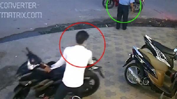 Bảo vệ sập bẫy lừa của hai tên trộm xe máy