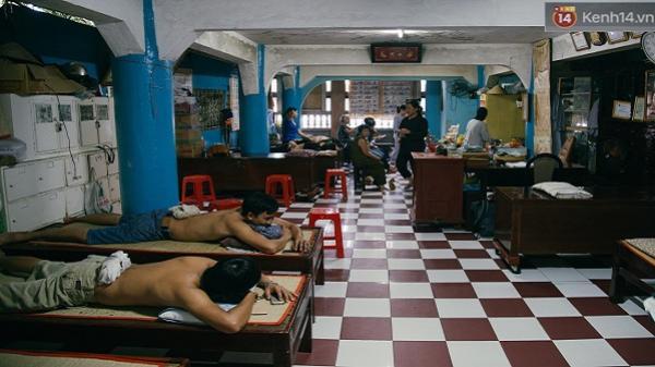 """Có một """"bệnh viện"""" miễn phí dành cho người nghèo giữa lòng Sài Gòn"""