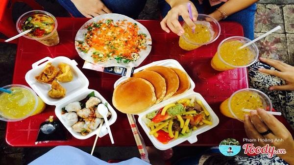 16 khu ăn vặt 'huyền thoại' vừa ngon vừa rẻ khắp Sài Gòn