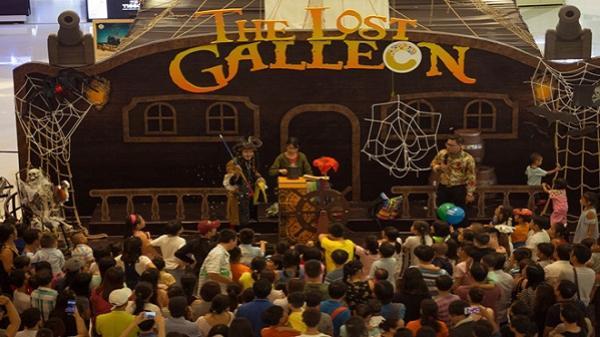 'Con tàu ma' thu hút giới trẻ Sài Gòn mùa Halloween
