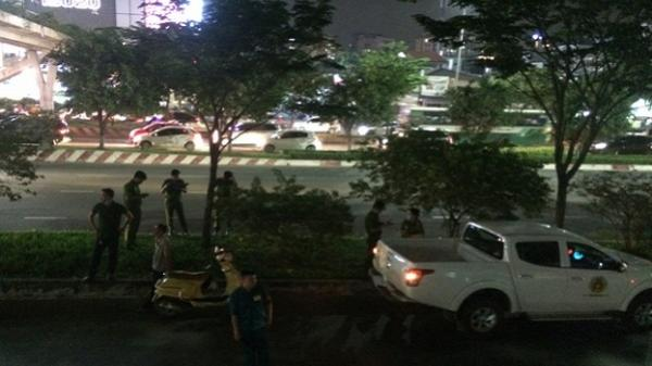TP HCM: Phát hiện người đàn ông tử vong trong tư thế quỳ gối dưới cây xanh