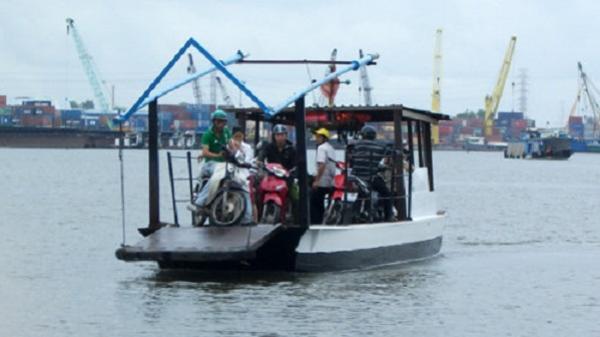 TPHCM cấm đò và tàu thuyền xuất bến từ 01h00 ngày 3/11