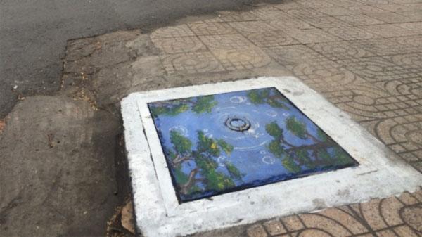 """Nắp cống ở Sài Gòn bỗng một ngày hóa """"đẹp lạ"""""""