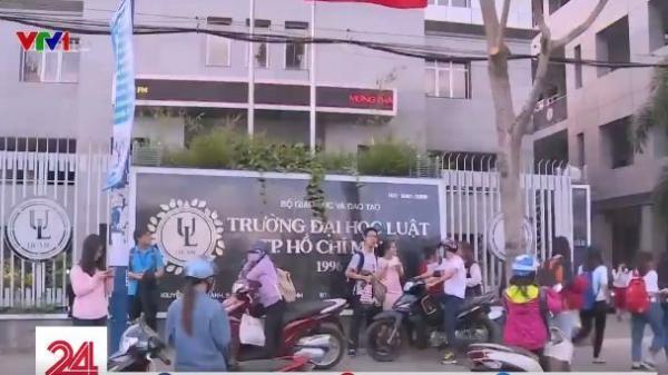 """Phản ứng của sinh viên trường Đại học Luật thành phố Hồ Chí Minh trước quyết định buộc thôi học vì """"điểm kém"""""""