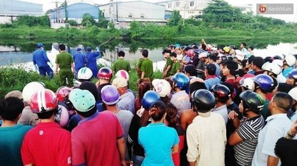 Phát hiện xác chết lõa thể, phân hủy mạnh trên kênh Nước Lên ở Sài Gòn