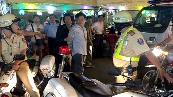 Tài xế say xỉn lái ôtô trốn CSGT gây náo loạn phố Sài Gòn