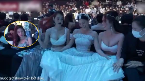 Rộ clip Thủy Tiên bị đàn em hất tóc vào người, phải đứng dậy bỏ đi tại show diễn thời trang