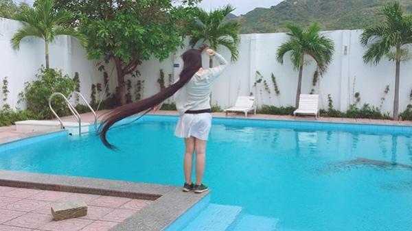 Thiếu nữ Sài thành cao 1m61 và câu chuyện nuôi mái tóc dài gần 2m, mỗi năm cắt tóc 1 lần