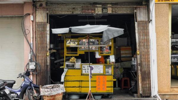 Xe nước mía màu vàng gần 7 thập niên ở Sài Gòn: Cách tuần bán một lần