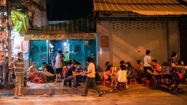 'Quán chè ma' hơn 80 năm tuổi ở Sài Gòn