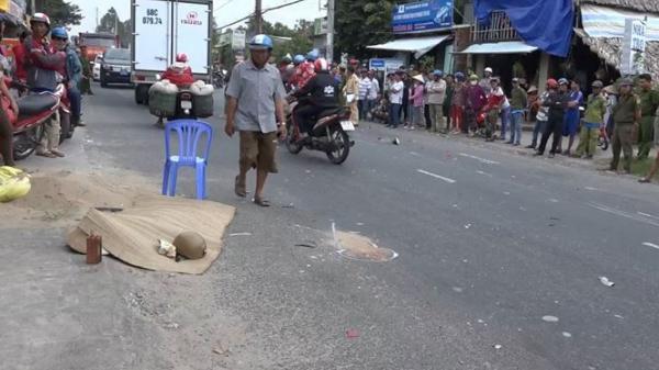Hòn Đất (Kiên Giang): Xe máy đối đầu với ô tô, hai người tử vong tại chỗ