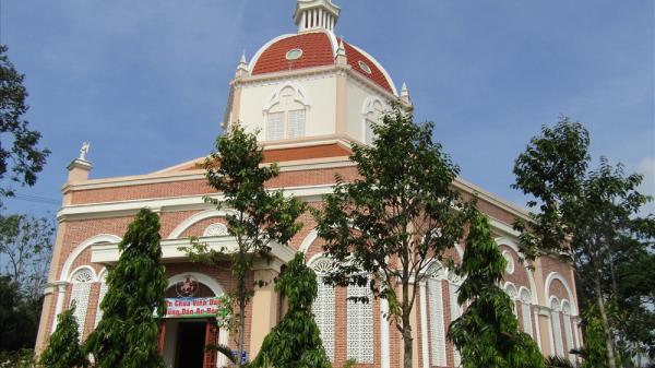 Về Trà Vinh ngắm nhà thờ đẹp nhất vùng sông nước miền Tây