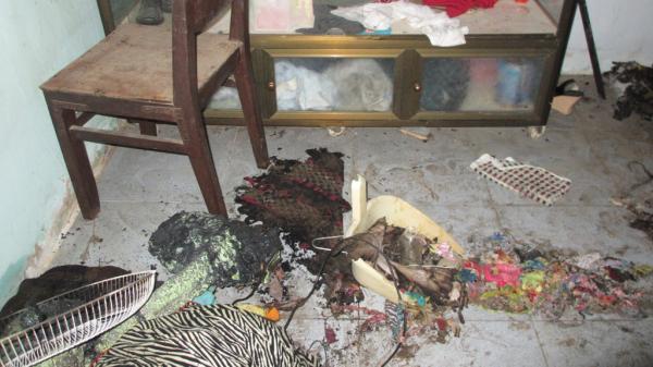 Trà Vinh: Người vợ tiết lộ lý do chồng đốt nhà cha vợ khiến 3 người bị bỏng