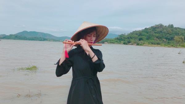 Bộ sưu tập thanh xuân độc đáo của cô biên tập viên truyền hình tại Trà Vinh  và cảm hứng cho nhiều bạn trẻ