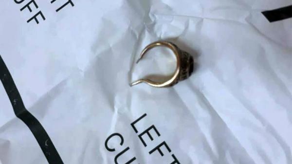 Miền Tây: Người đàn ông U70 suýt mất 'của quý' vì đeo nhẫn