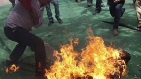 Miền Tây: Phóng hỏa thiêu sống vợ và mẹ vợ