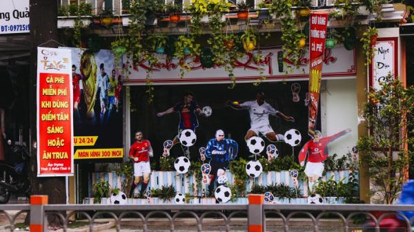 """Quán nhậu giảm giá, siêu thị ở Sài Gòn tung khuyến mãi """"ăn theo"""" mùa World Cup 2018 để hút khách"""