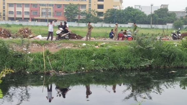 TP.HCM: Hốt hoảng phát hiện thi thể nam thanh niên nổi trên kênh Tham Lương