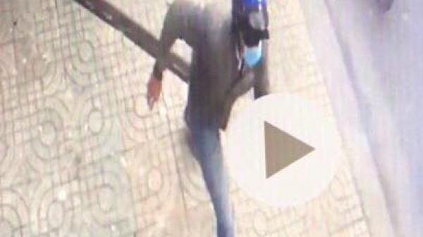 Camera ghi hình 2 kẻ có liên quan đến vụ nổ trụ sở Công an phường ở Sài Gòn