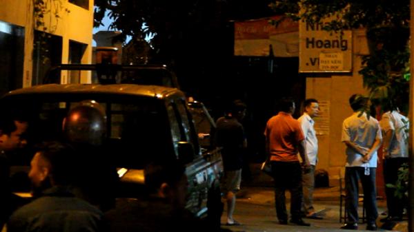 Chủ tiệm cầm đồ bị đâm tử vong ở vùng ven Sài Gòn