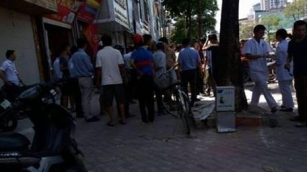 Thanh niên ngất xỉu vì đi hơn 10km mua trà sữa cho bạn gái giữa trời nắng 40 độ C