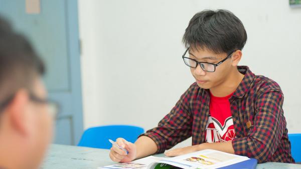 """Nghệ An: Nam sinh lớp 10 giành học bổng """"đắt giá"""" nhất hành tinh"""
